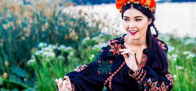 Фотосессия для девушки в украинском стиле