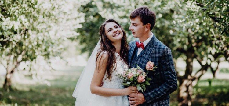 Свадебный день. Венчание. Свадебная фотосессия осенью.